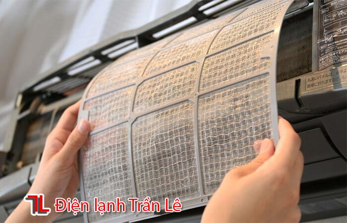 Ve-sinh-may-lanh-quan-11-1