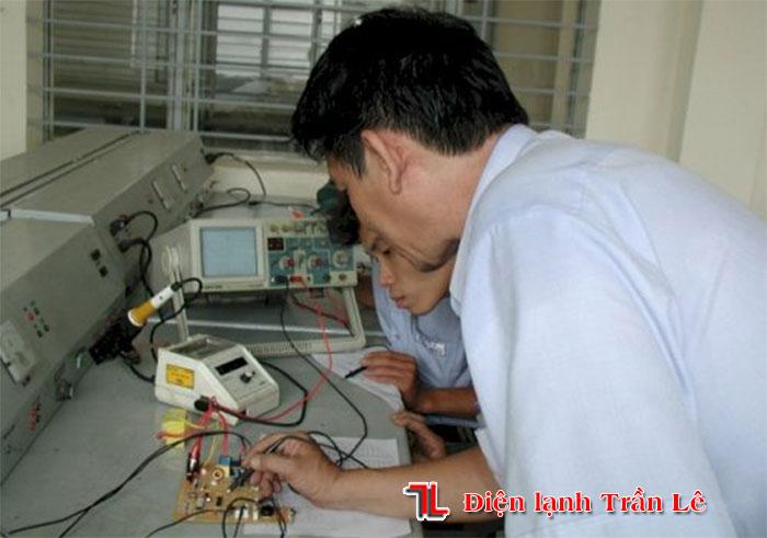sua-board-may-lanh-gia-re-tai-tphcm-4